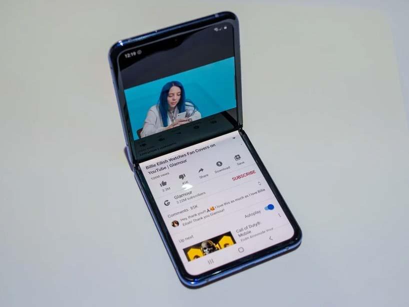 دو تیکه شدن صفحه نمایش Galaxy Z Filp